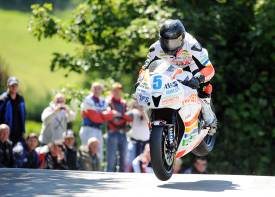 Rogue Mag Motorsport Isle of Man TT Bruce Anstey