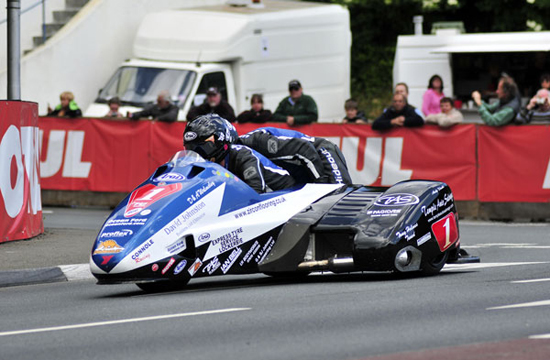 Rogue Mag Motorsport Isle of Man TT 2011 Holden and Winkle