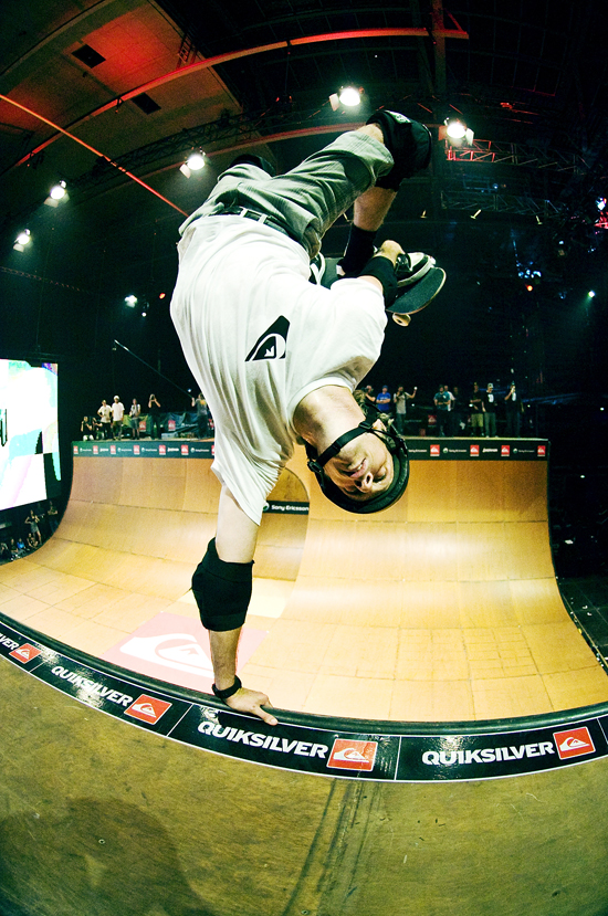 Rogue Mag Skate - Tony Hawk heads to Mumbia on december 3rd 2011