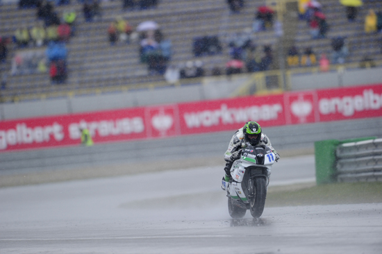Rogue Mag Blogs - Still learning and racing Cal Crutchlow