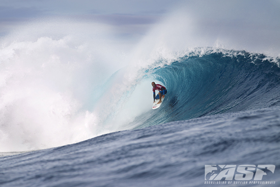 Rogue Mag Surf - Kelly Slater Wins  Volcom Fiji Pro in Excellent Surf - video highlights