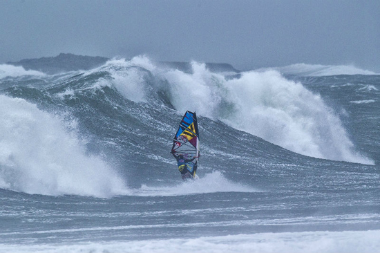 Red-Bull-Storm-Chase-2013-002