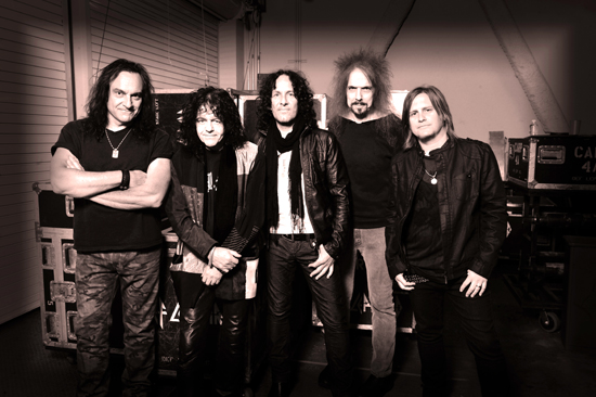 Rogue Mag Music - Announcement from Def Leppard's Vivian Campbell
