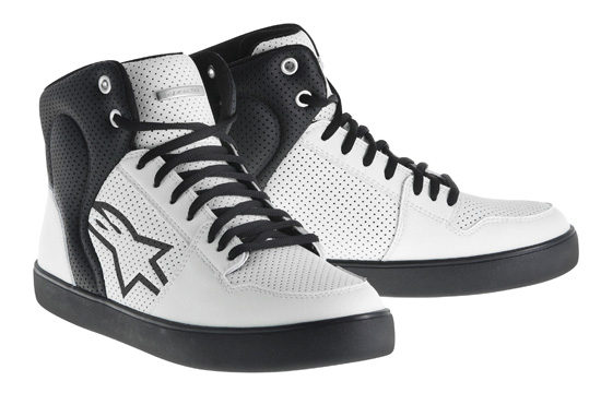 Rogue Mag - Alpinestar Anaheim Shoes review